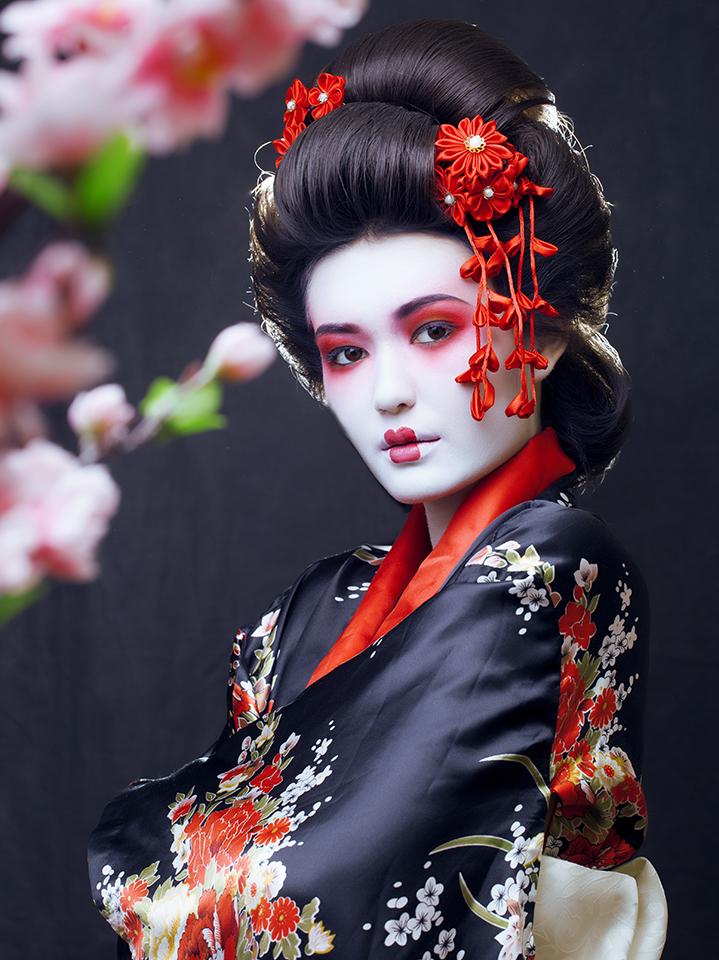 Aussehen wie eine Geisha